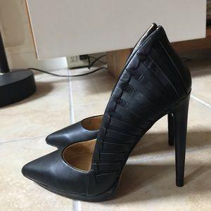 L.A.M.B. Black leather pumps